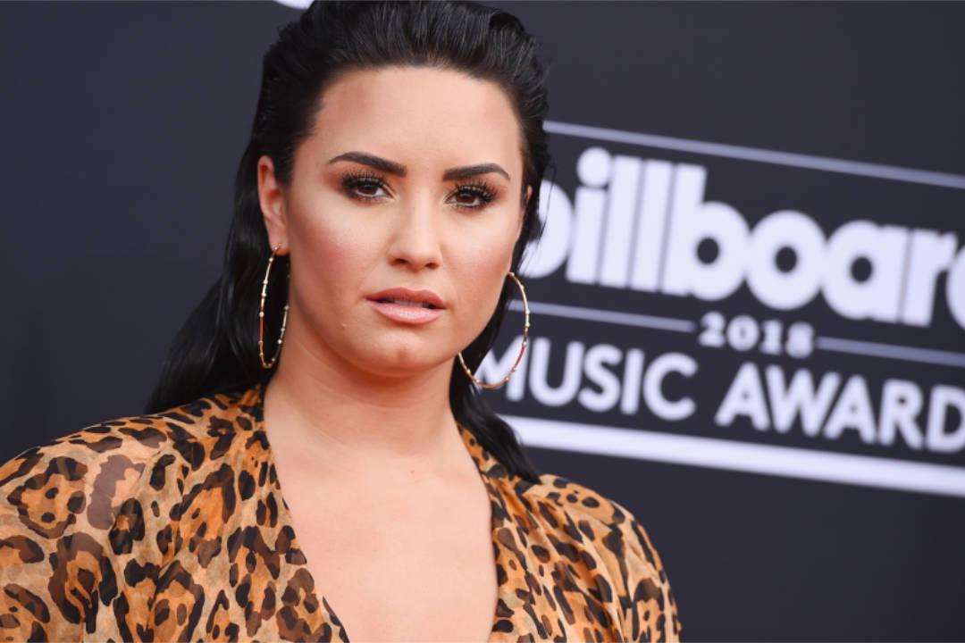 Demi Lovato -〈Anyone〉歌詞翻譯與介紹:為什麼沒有任何人願意拯救我呢?