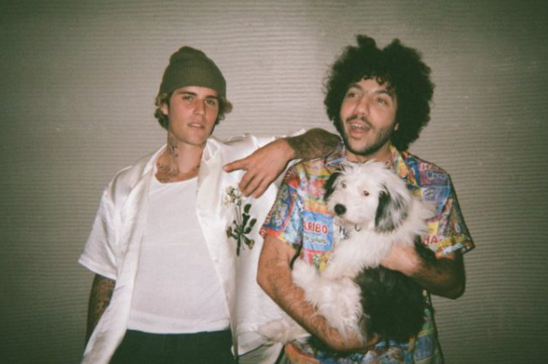 Justin Bieber & benny blanco – Lonely|歌詞翻譯與歌曲介紹