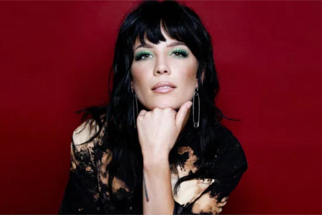 Halsey 宣布新專輯《If ICan't Have Love, IWant Power》,描繪懷孕心路歷程,擁抱龐克搖滾新風格